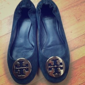 Tory Burch Reva flats size 7, navy suede w/ gold